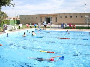 Campa a de verano for Piscina la rinconada
